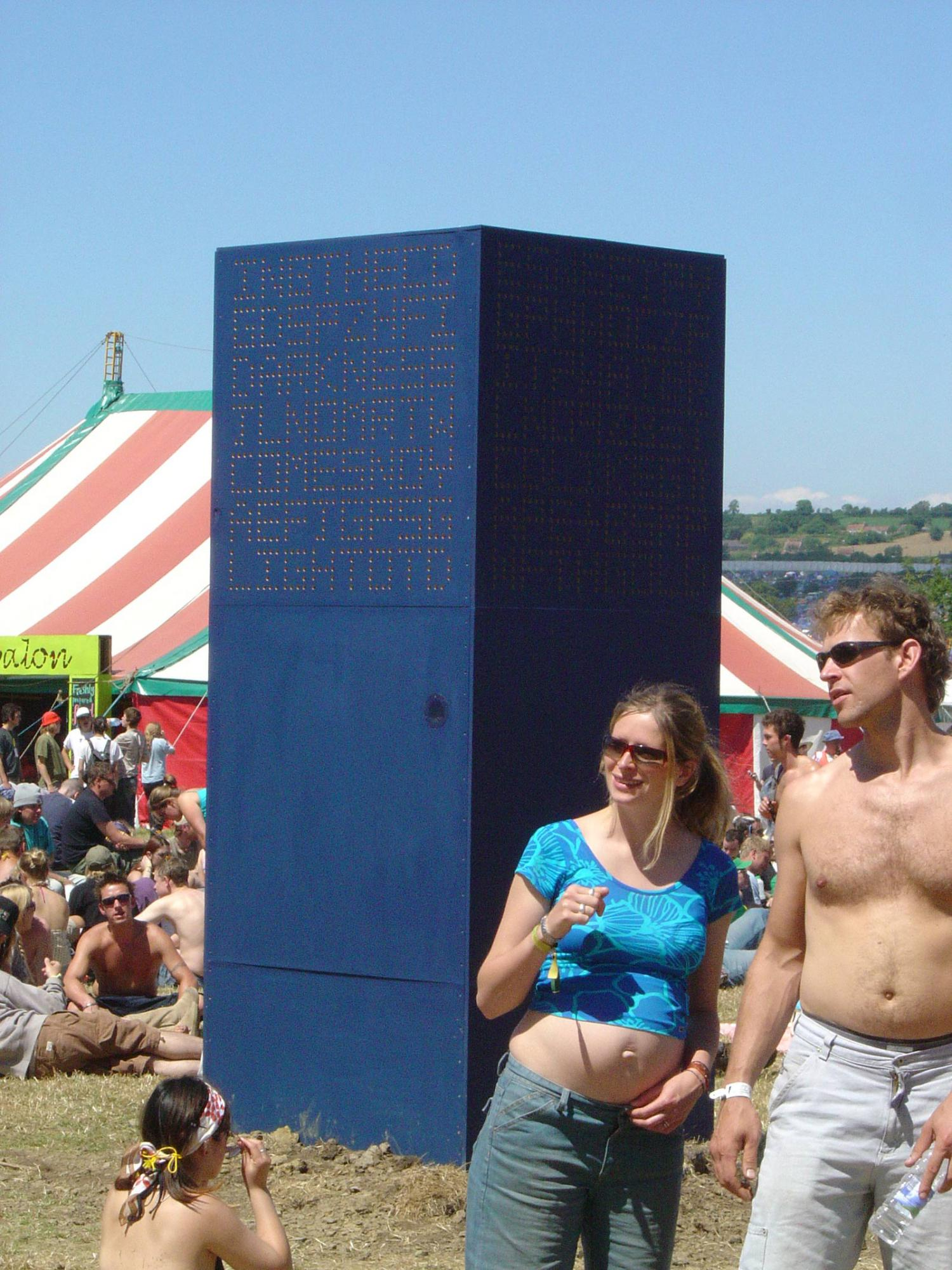 Raphael Daden | Glastonbury Festival (Temporary) | Text Tower